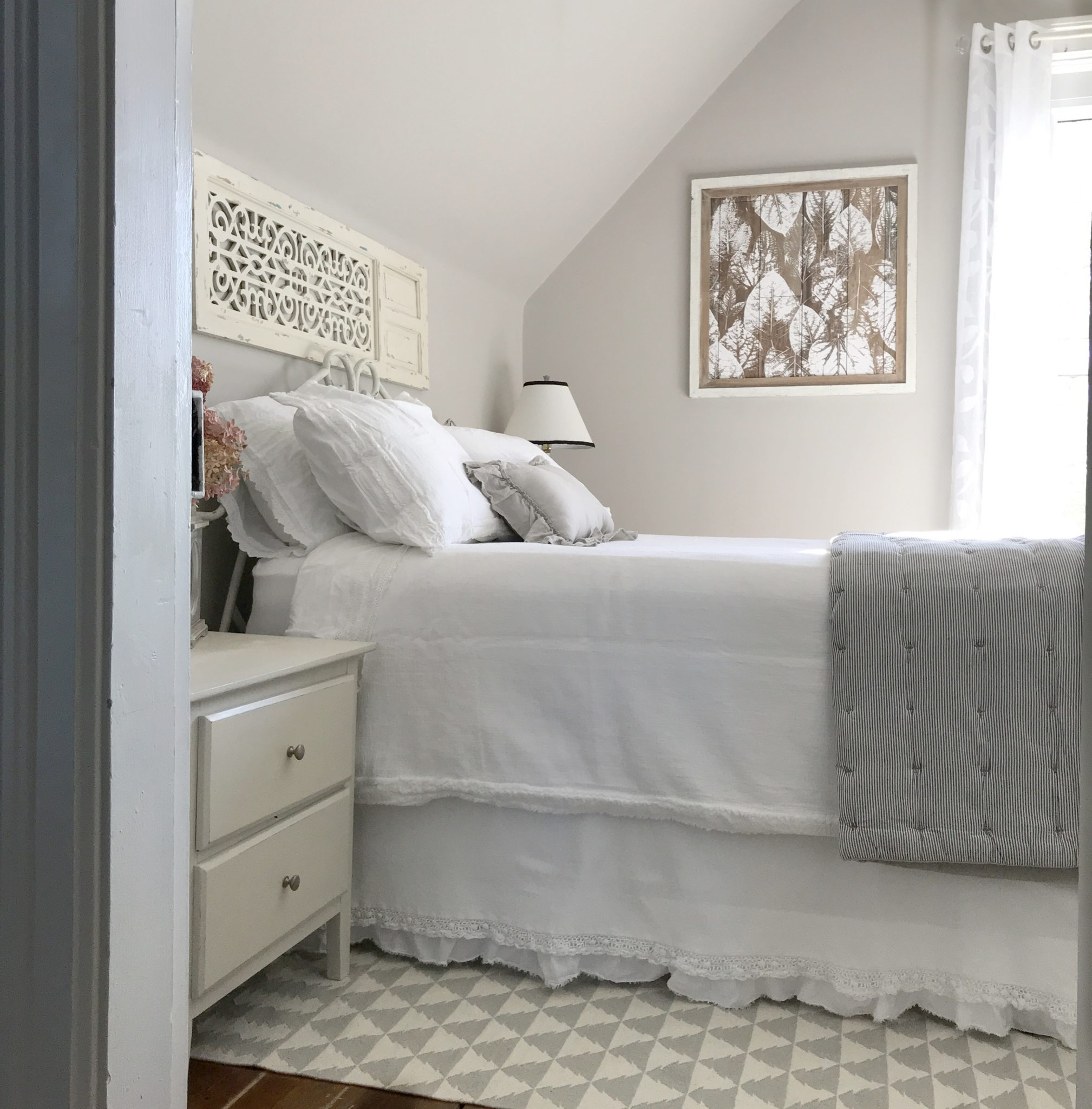 Bon My Guest Room Makeover Started Simply Enough. I Wanted To Create A Space  With A Farmhouse Feel For Family To Stay In When They Visited.